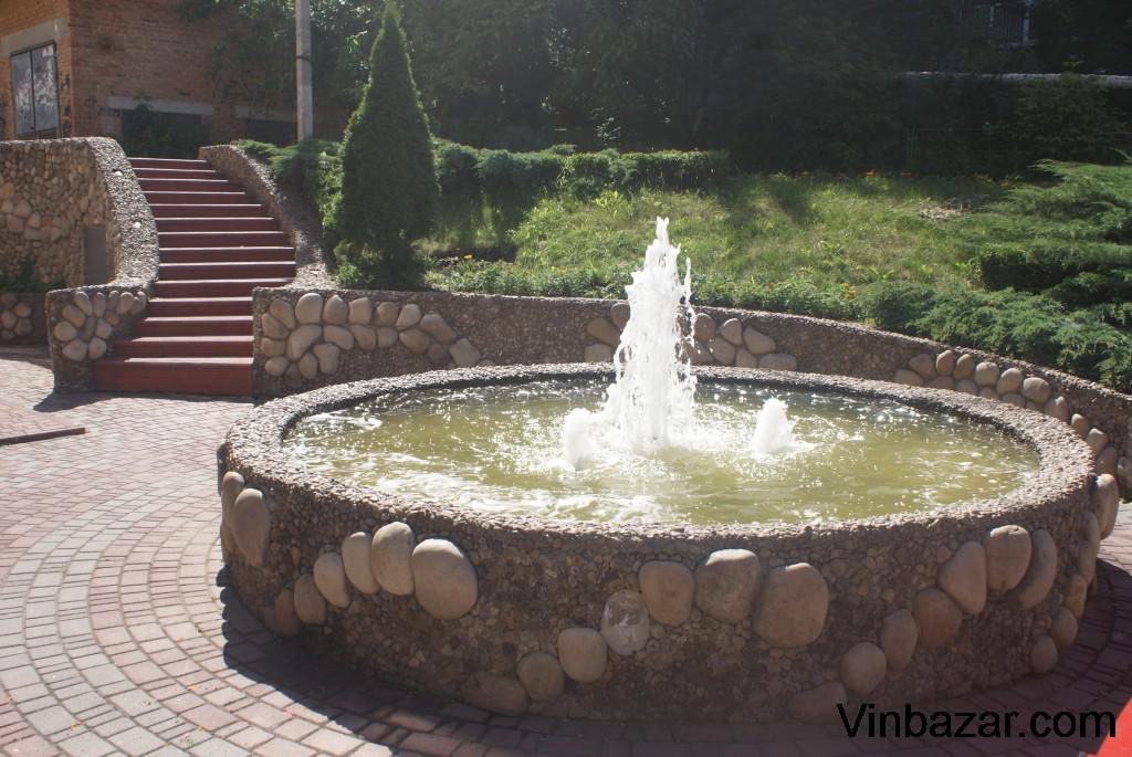 """Вінниця фонтанна або не """"Рошеном"""" єдиним"""