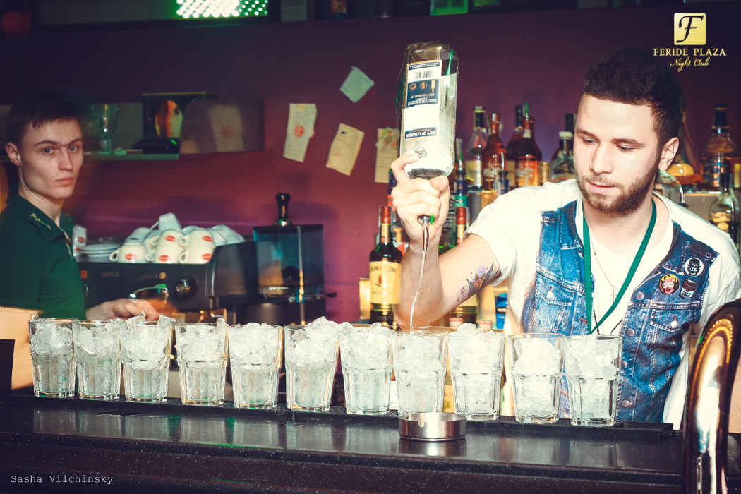 Фотоотчет вечеринки Party Hard в Feride Plaza