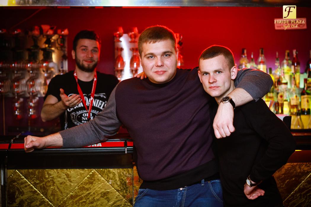 Фотоотчет вечеринки: Hot Electronic Dance Music в Feride Plaza