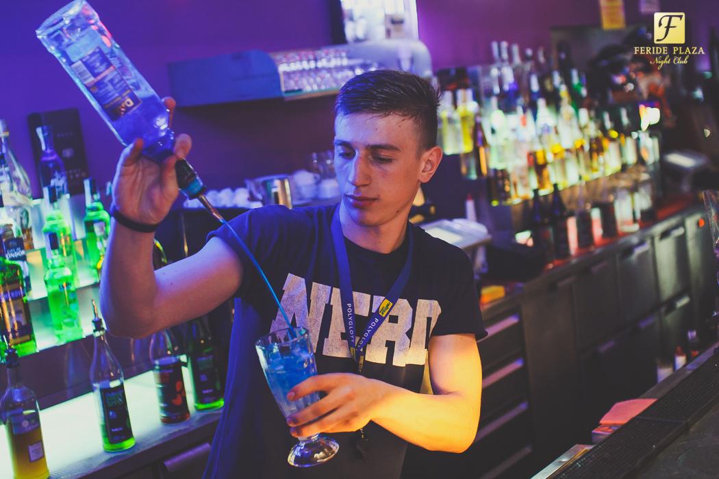 Фотоотчет вечеринки: DJ ZAYONS в Feride Plaza