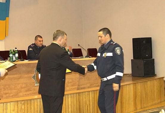 Головний міліціонер Вінниччини вручив подяки родинам учасників АТО