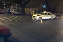 Таксі потрапило в ДТП