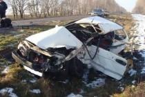 Смертельне ДТП: водій на ВАЗі лоб в лоб протаранив Skodu