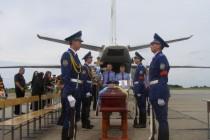 До Вінниці привезли тіло героя, що відвів від Слов'янська підбитий літак ціною власного життя (Фото)