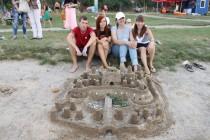 На вінницькому пляжі пройшов Фестиваль піщаних скульптур (Фото)
