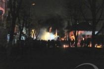 У Вінниці пікетували СБУ - горіли шини. Начальник управління вийшов до людей (Фото+Відео)