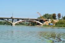 Київський міст ремонтують 5 місяців: репортаж з будівельного майданчику (Фото+Відео)