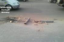 Вчинив ДТП та втік. У Вінниці копи шукали порушника на авто з іноземними номерами (Фото)