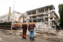 Смерть ресторану «Кельце»: у Вінниці демонтують легендарний заклад (Фото+Відео)