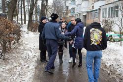 """У Вінниці """"беркут"""" побив активіста """"Норадної Ради"""""""