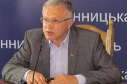 На сцені Вінницького Євромайдану Татусяк та Кревський зреклися партії регіонів