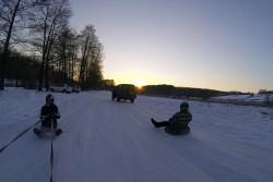 Санки, сноуборди та безліч позитивних емоцій. Як жителі Вінниці розважаються у зимові морози (Фото+Відео)