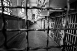 Черкаський екс-зек перекидав вінницьким побратимам наркотики та мобільні телефони