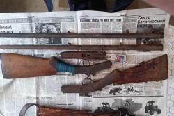 У жителя Вінниччини вилучили цілий арсенал зброї (Фото)