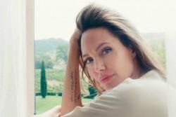 Анджелина Джоли снялась в новом ролике Guerlain