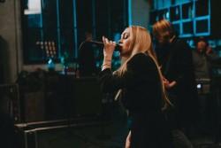 Alyosha снялась в новом Live видео на украиноязычную песню