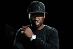 50 Cent ударил на концерте свою фанатку (ВИДЕО)