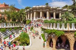 Барселона повышает туристический налог