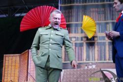 """У Вінниці на День Європи презентували рок-оперу """"Ісус Христос - суперзірка"""" та споглядали комедію під дощем (Фото)"""