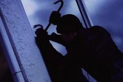 На Вінниччині затримали екс-зека, що викрав техніку та валюту