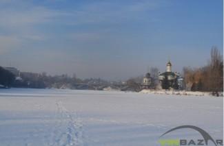 Прогулянка замерзшим Південним Бугом (Фото)