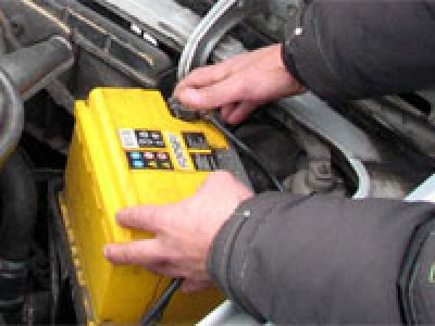 В Рубцовске задержан подозреваемый в краже автомобильного аккумулятора