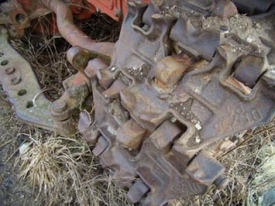 На Вінниччині чоловік викрав тракторні гусениці вагою 300 кілограм