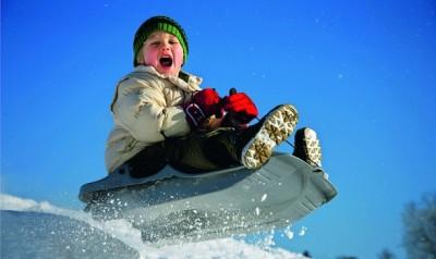 Вінничани влаштували зимові розваги на дорогах міста (Відео)