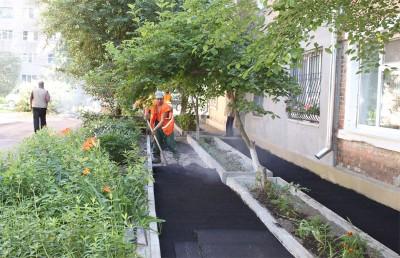 У Вінниці ремонтують двори багатоповерхівок