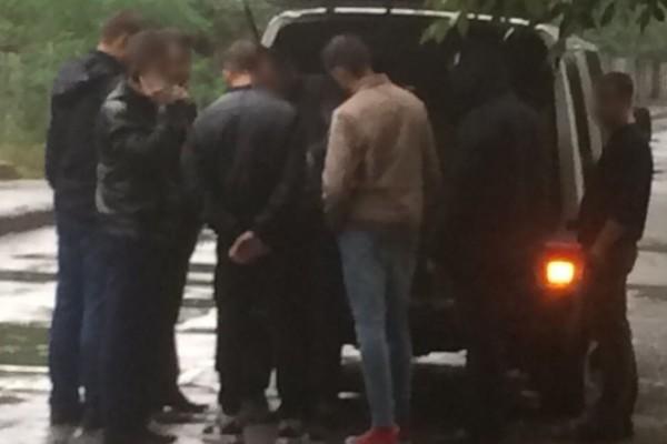 Двоє поліцейських погоріли навеликому хабарі у Вінницькій області
