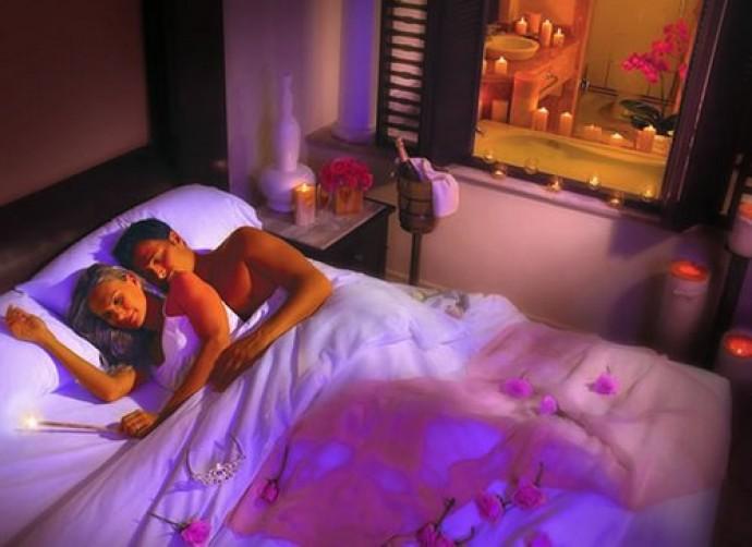Первая брачная ночь в сознании девчонки читать