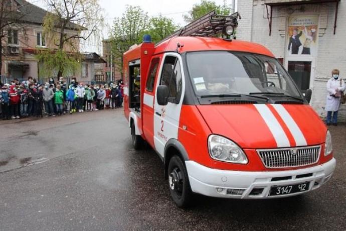 У Вінниці учень розпилив ушколі газ, евакуйовано 500 людей