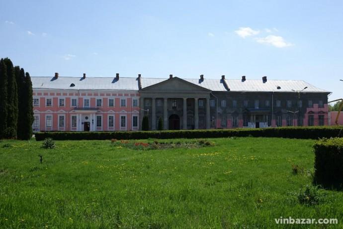 У Палаці Потоцьких, який прийматиме оперний фестиваль, триває ремонт (Фото+Відео)