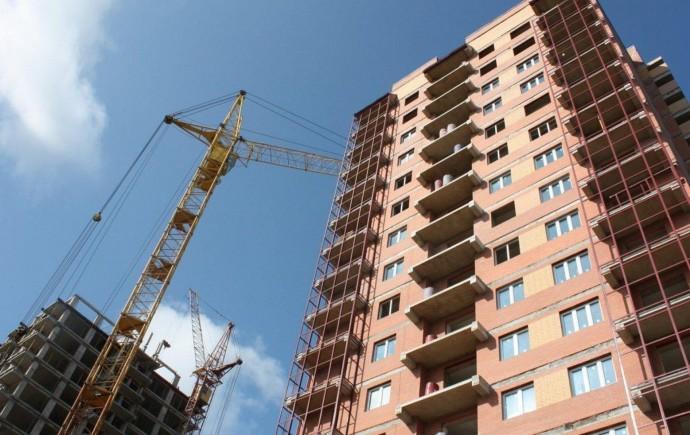 Франківці скаржаться на будівництво будинку по вулиці Корола Данила
