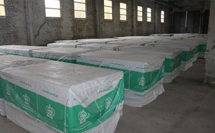 Вінниччина відправила майже 800 листів шиферу до постраждалого міста Ічня (Фото)