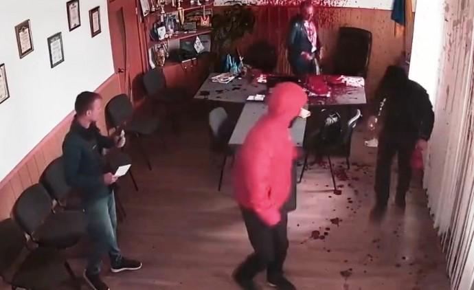 Опублікували запис нападу на мера Гнівані з камер відеоспостереження (Відео)