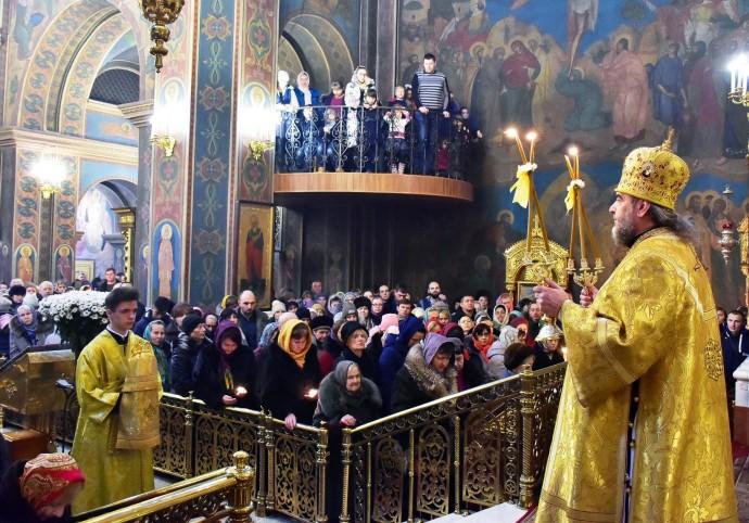 У Вінниці митрополит УПЦ МП Симеон оголосив про перехід до Помісної церкви України