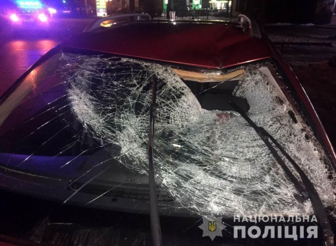 У Вінниці пішохід ледь не загинув під колесами легковика (Фото)