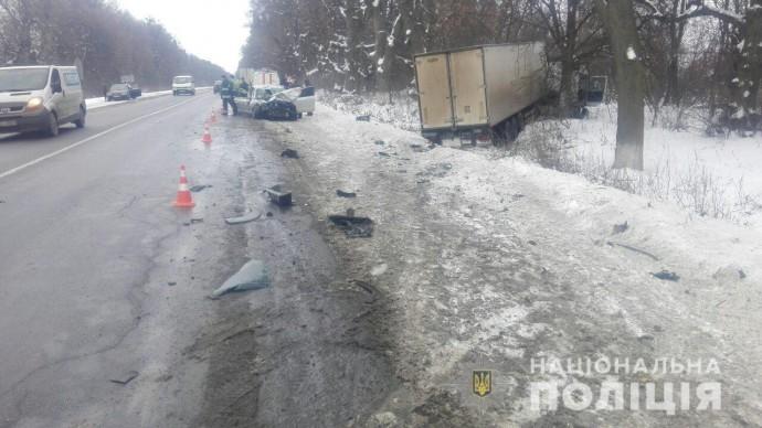 На Вінниччині не розминулись «Мерседес-Бенц» та «Шкода» (Фото)