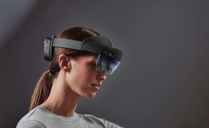 Microsoft представила нову версію окулярів доповненої реальності – HoloLens 2