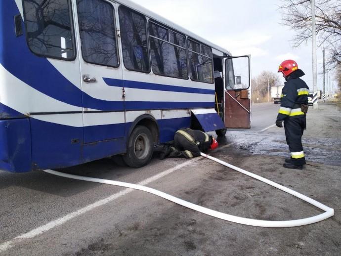 У Калинівці загорівся рейсовий автобус (Фото)