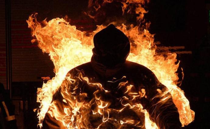 На Вінниччині чоловік вчинив самоспалення
