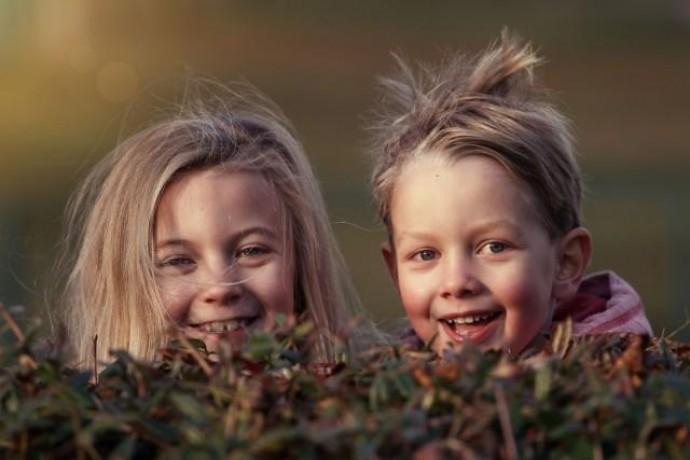 Гиперактивность ребенка: причины, симптомы и особенности общения родителей с такими детьми