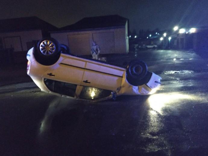 У Вінниці Skoda перекинулася на дах. Автомобілем керувала п'яна жінка (Фото)