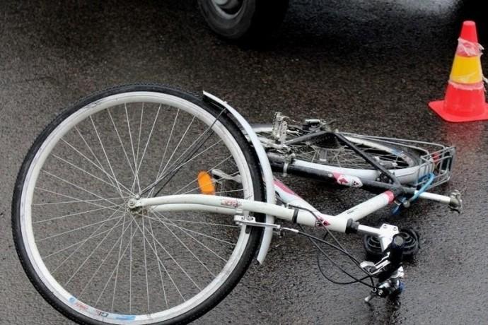 На Вінниччині під колеса авто потрапив пішохід та велосипедист