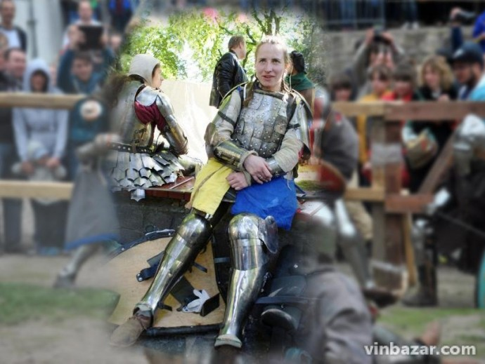 Історія вінничанки, яка по всій Європі перемагає в чемпіонатах з середньовічних боїв (Фото)