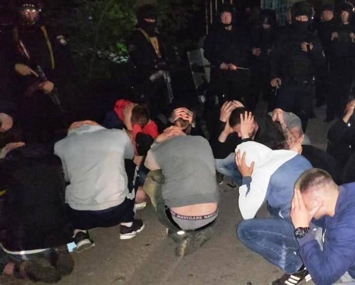 У Вінниці рейдери намагалися захопити консервний завод (Фото+Відео)