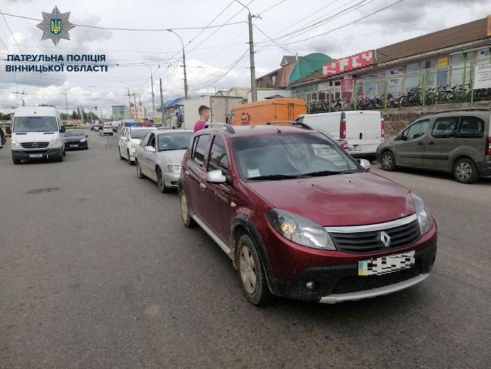 У Вінниці водій напідпитку спробував втекти з місця ДТП (Фото)