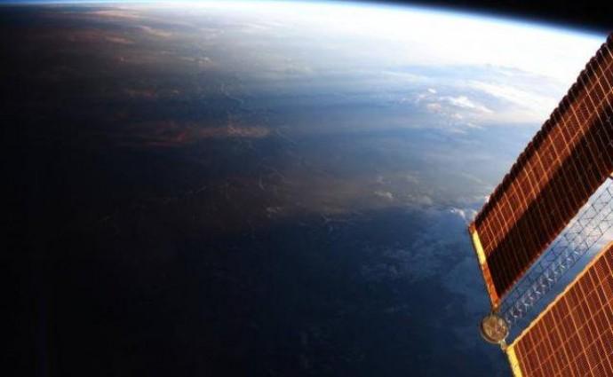Астронавт NASA опубликовала снимок границы дня и ночи над Землей