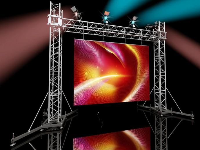 На какие параметры обращать внимание при аренде LED экрана